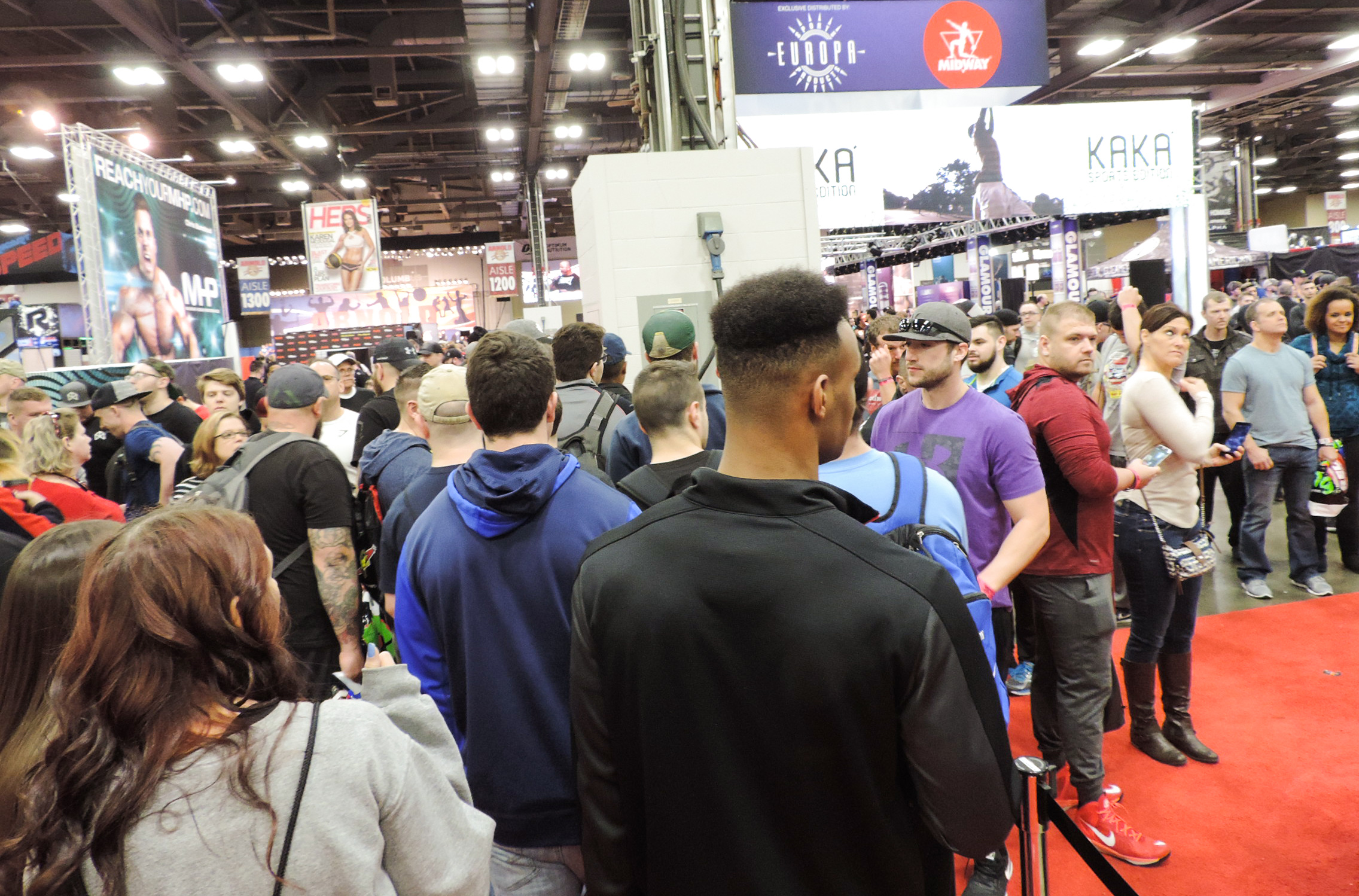 People lining up to check out the Midway Labs booth.