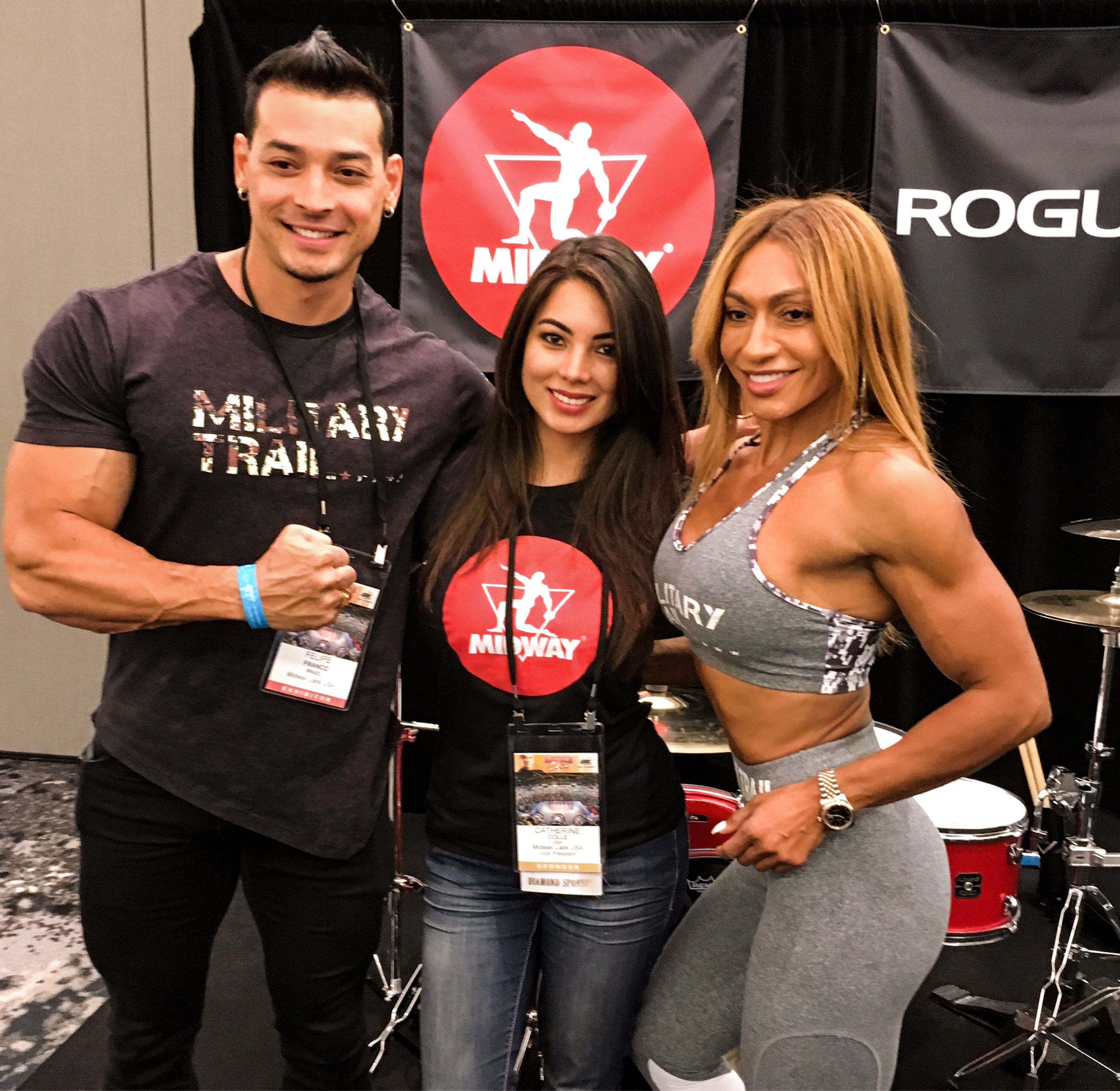 Felipe Franco, Midway Labs VP Catherine Colle and<br /> Karina Nascimento saying hello to the cameras.
