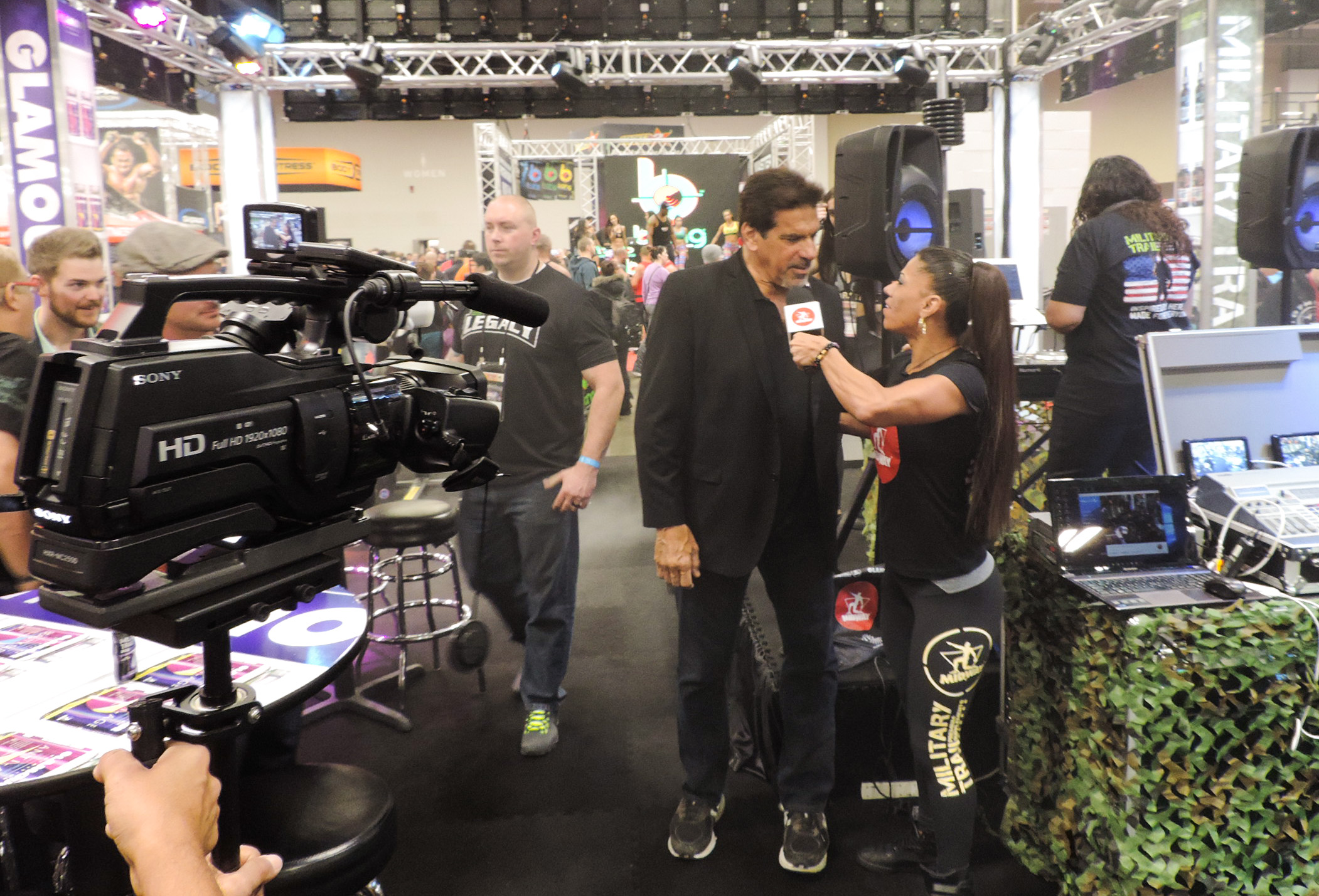 Lou Ferrigno being interviewed by Midway Labs team member.